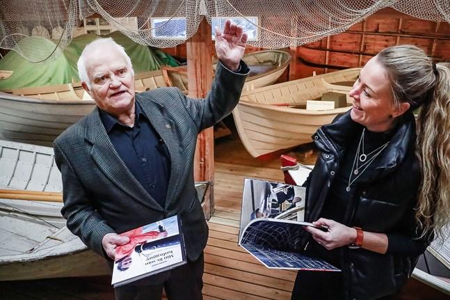 """Janne Nyfelt har hur många historier som helst att berätta. Tillsammans med Sonja Finholm blev en del av dem nedtecknade i """"Mitt liv som båtbyggare""""."""