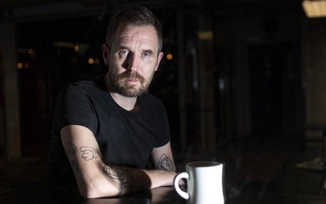 Mikkel Borg Bjergsø, grundare av bryggeriet Mikkeller, tror att många restauranger i Danmark kommer att gå omkull nu när man har tvingats stänga för året på grund av nya restriktioner.
