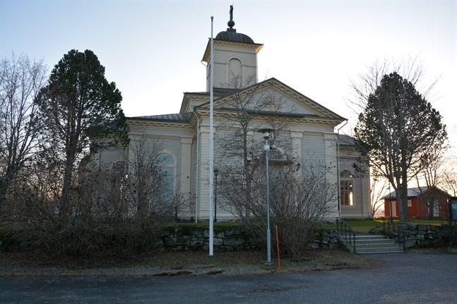 Kyrkrenoveringen leder till stora avskrivningar för Korsnäs församling.