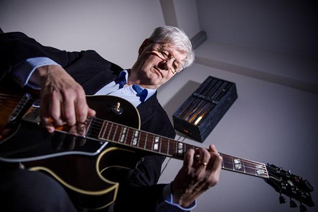 """Håkan Storbacka är aktuell med jazzskivan """"Jazz confessions"""". På den finns också en låt som han skrivit till sin dotter Jennie Storbacka."""