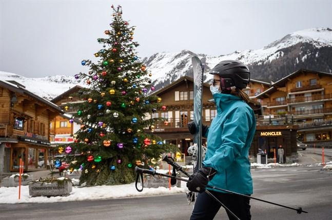 En turist i Verbier, Schweiz, den 21 december i år. Personen på bilden har inget med händelsen att göra.