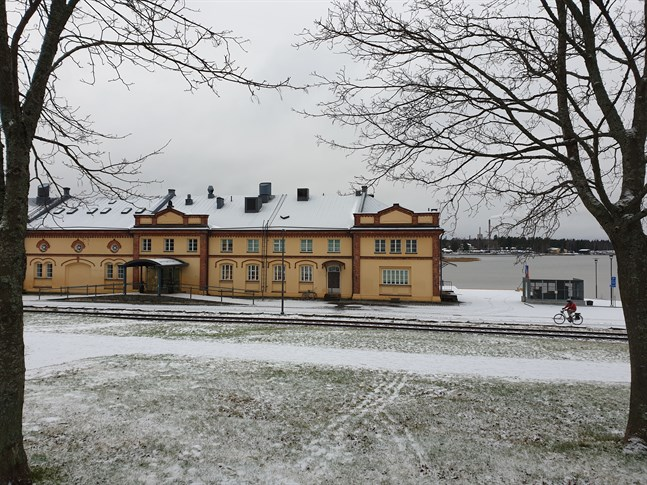 """Diskussionen har kommit in på en beklagansvärd motsättning mellan museiverksamhet och """"underhållning"""", skriver Marko Heinonen, ordförande för stadsstyrelsens planeringssektion, i sitt genmäle till Sirpa Sainio."""