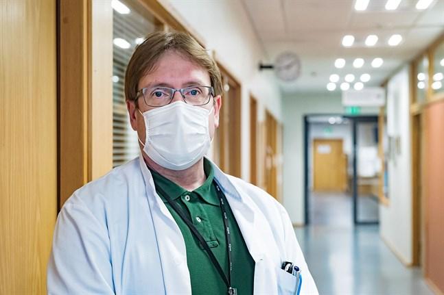 Infektionsöverläkare Marko Rahkonen anser att coronaläget inom Soite ännu är under kontroll.