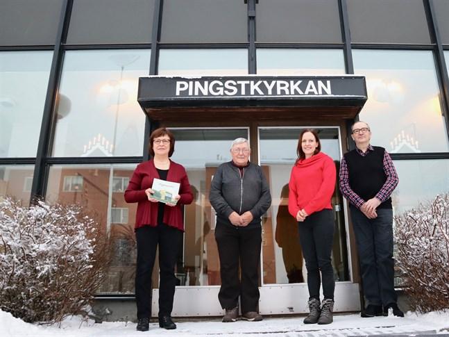 Viola Enström, Gösta Lindvall, Agneta Enström och Bjarne Forsén konstaterar att samhället och församlingarna har förändrats en hel del på hundra år, men i Salem är grunden fortfarande den samma.