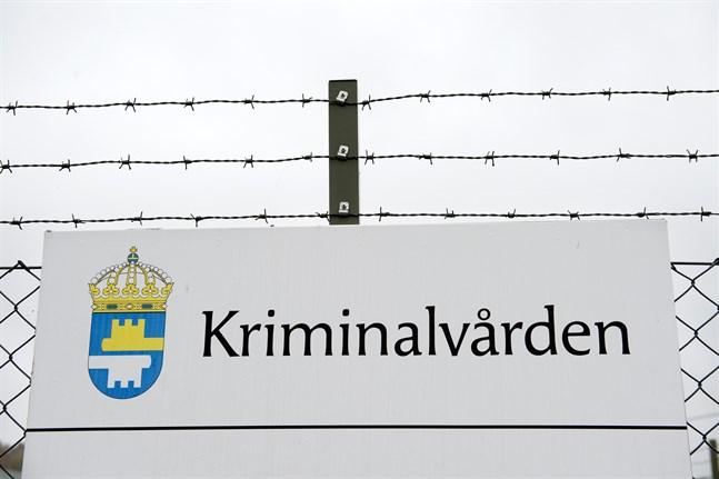 Fängelset i Kalmar har drabbats av ett stort utbrott av covid-19. Bilden är tagen vid ett annat fängelse.