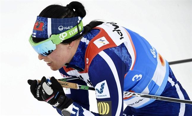 Krista Pärmäkoski gick ut som femma i dagens klassiska jaktstart över tio kilometer.