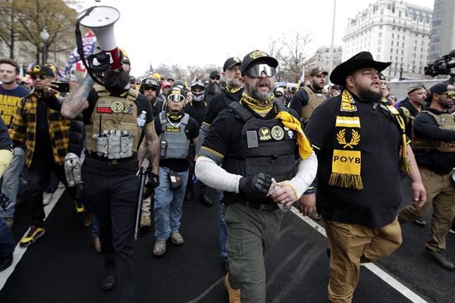 Trumpsupportrar demonstrerar i Washington DC i december i fjol. Nu väntas nya demonstrationer.