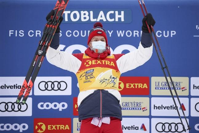 Aleksander Bolsjunov är ostoppbar i Tour de Ski så här långt.