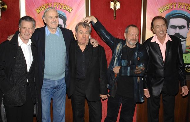 Michael Palin, John Cleese, Terry Jones, Terry Gilliam och Eric Idle vid en premiär 2009.