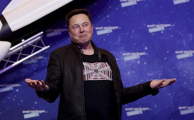 Elon Musk har gått om Amazons grundare Jeff Besos som världens rikaste man.