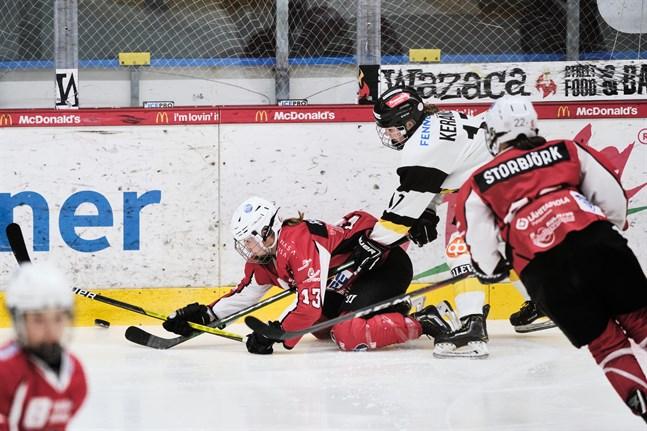Julia Hagnäs, Sara Storbjörk och Sport hade inte mycket att hämta borta mot yttern Tilli Keränen och hennes Kärpät.