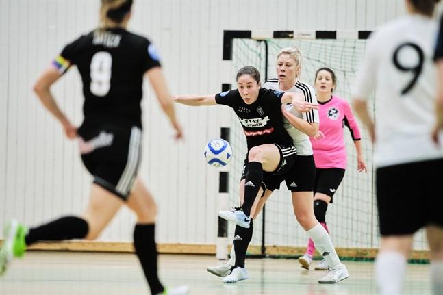 Pipsa Lahtinen gjorde ett mål borta mot Ylöjärven Ilves, men det hjälpte föga.