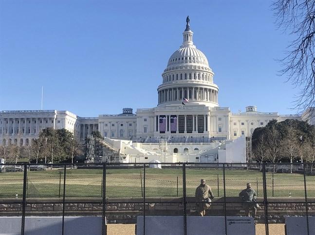 Nationalgardet bevakar kongressbyggnaden Kapitolium i USA:s huvudstad Washington DC, efter stormningen den 6 januari.