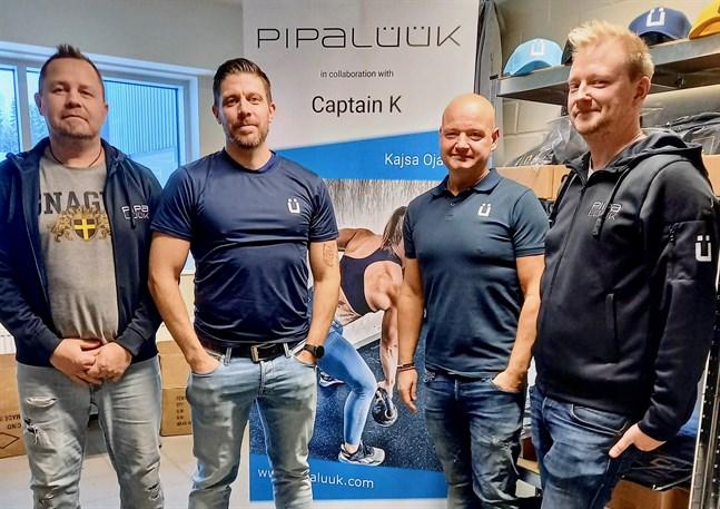 Ulf Vikman, Johnny Ojala, Kristian Wikman och Tobias Björkskog är männen bakom det lokala brandet Pipalüük.