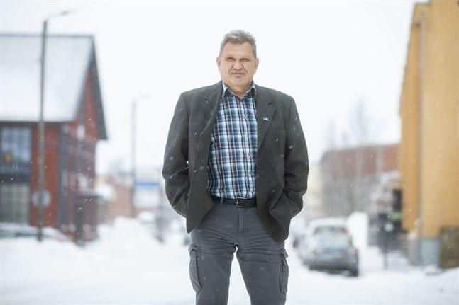 Juha Rantala är Sannfinländarnas kampanjchef i Södra Österbotten. Han säger att distriktet satsat på att nå även de svenskspråkiga väljarna.
