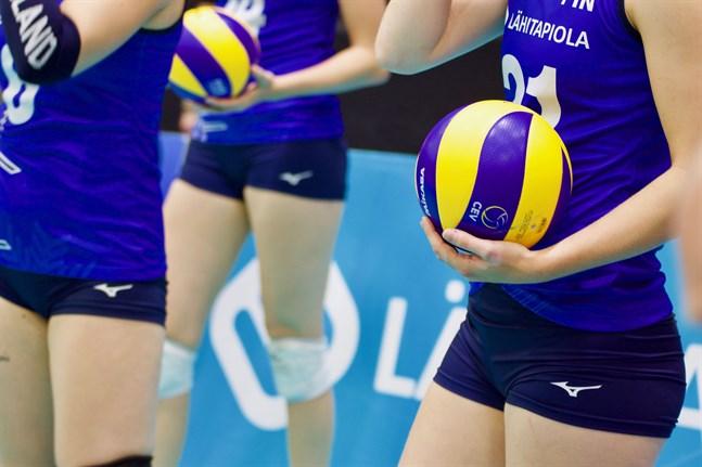 Finlands olympiska kommitté och sju nationella idrottsförbund slår larm om följderna av regeringens restriktioner för barn- och ungdomsidrotten.