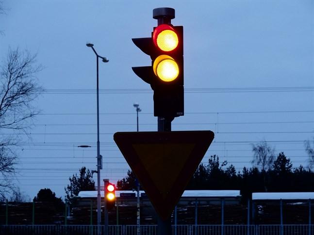 Trafikljusen i Karleby ska kunna ändra så att de är till räddningsverkets fördel i trafiken.