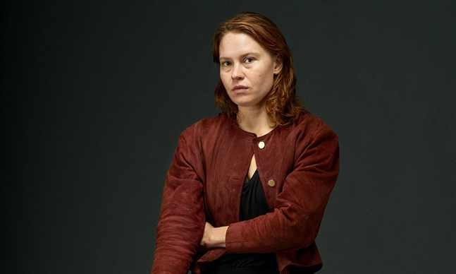 """Seidi Haarla har huvudrollen i filmen """"Hytti numero 6"""", som regisseras av Juho Kuosmanen från Karleby."""