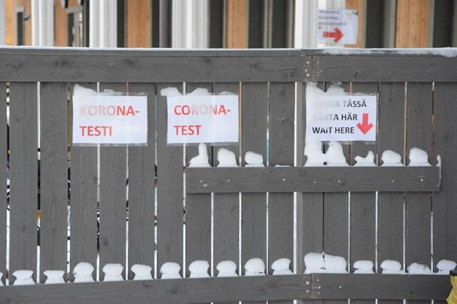 Coronaexponering i Lepplax förskola. Jakobstads social- och hälsovårdsverk uppmanar personer som rört sig i fastigheten att söka sig till coronatest med låg tröskel.