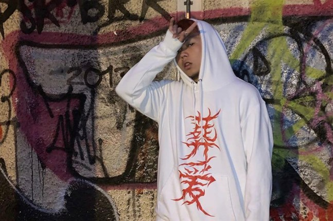 Yaokai Zhuang i Karleby jobbar på sin första ep.