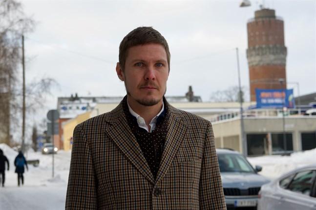 Otto Domars, verksamhetschef på Kårkulla, säger att det kommer att genomföras en kartläggning av Kårkullas, Eskoos och kommunernas verksamhet i Österbotten.