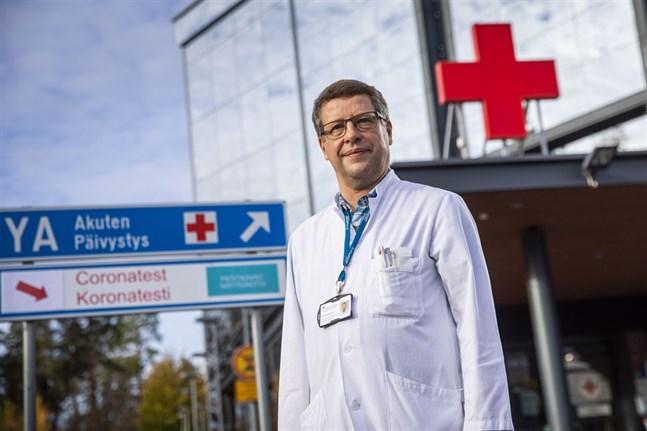 Infektionsöverläkare Juha Salonen.