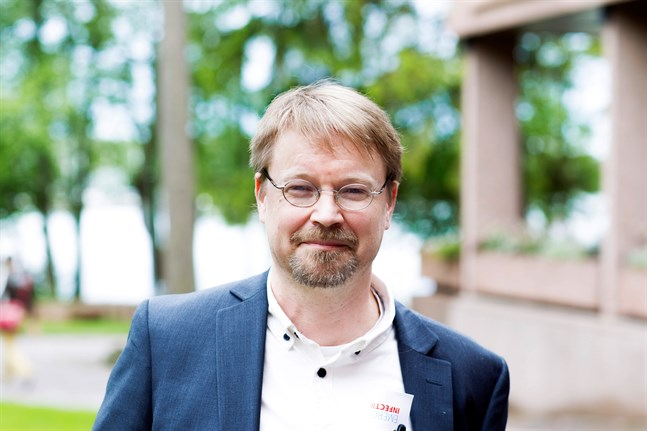 Olli Vapalahti är professor i zoonosvirologi vid Helsingfors universitet. Arkivbild.