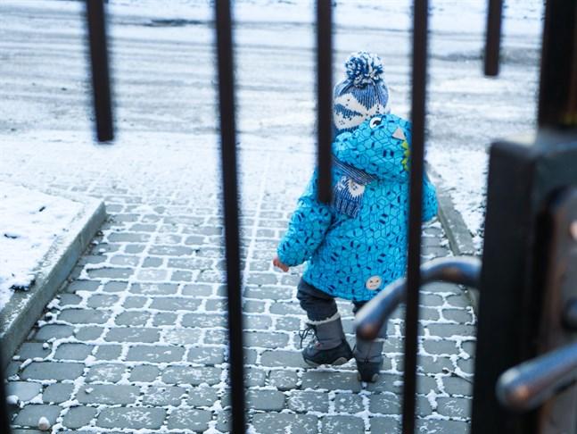Som hemmamamma investerar jag i mina barns välmående, självkänsla och trygghet, skriver Janina Sundström.