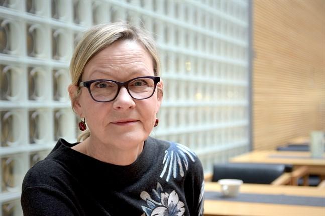 SFP:s riksdagsledamot Eva Biaudet säger att politiken i Helsingfors står i ett vägskäl. Arkivbild.