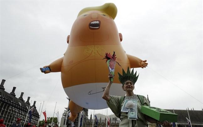 Trumpballongen vid Trumps statsbesök i Storbritannien 2019.