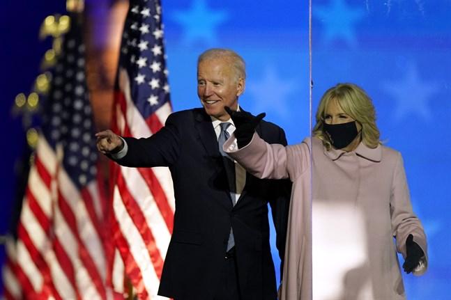 Den demokratiske valvinnaren och blivande presidenten Joe Biden och hans hustru Jill.