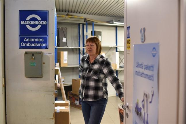 Behovet av en busstation i Närpes är stort enligt Linda Tikkala, som hoppas att någon vill ta över verksamheten efter henne.