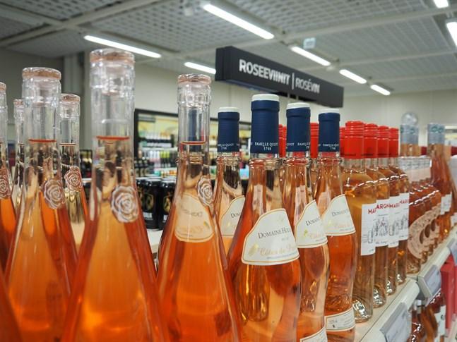 Även måttlig alkoholkonsumtion ökar cancerrisken, skriver Mikaela Hermans.