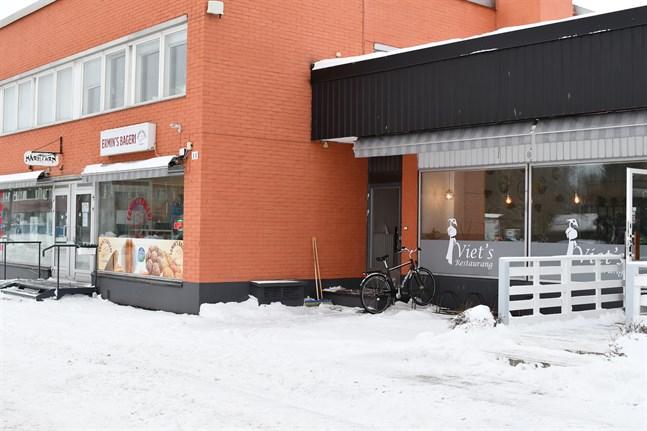 Ermins bageri och Viets restaurang är två av de nya företag som grundades i Närpes i fjol.