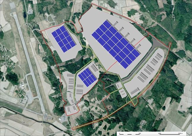 Långskogens industriområde ligger intill den 2,5 kilometer långa start- och landningsbanan vid Vasa flygfält.