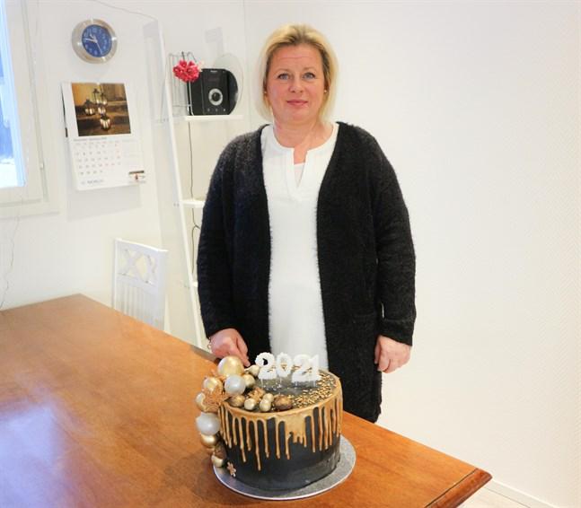 Inför nyår och andra högtider får Susanne Fredman ofta specialbeställningar.