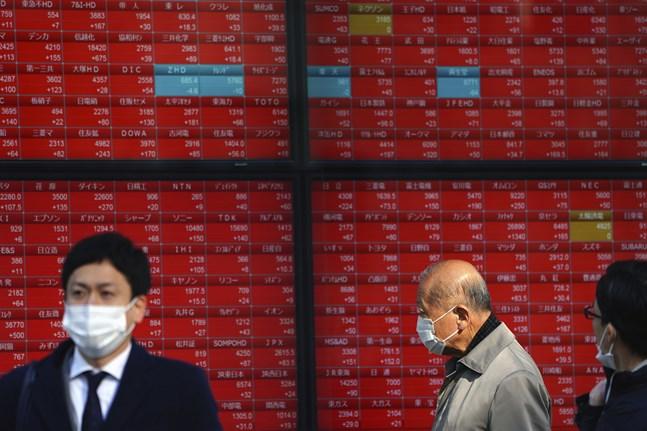 Asiens börser inledde på minus efter flera dagars plusresultat.