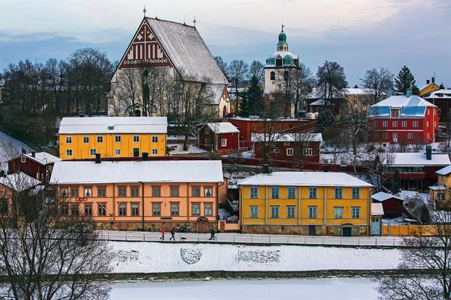 Borgå domkyrka är en av Borgås många sevärdheter och ligger i centrum av Gamla stan.