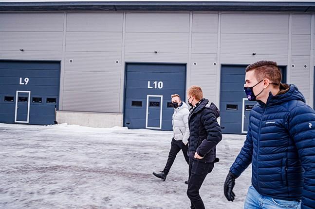 Christoffer Sirén, Filip Sirén och August Strandberg planerar att bygga vidare på sitt hallkoncept på andra sidan kommungränsen.