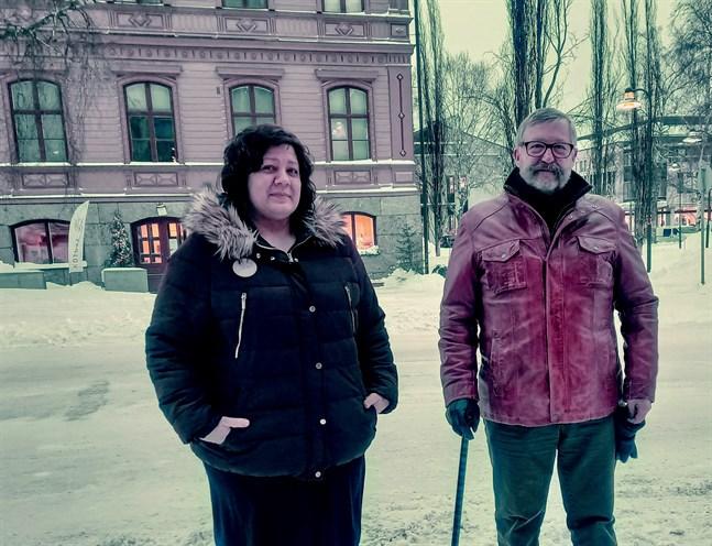 Camilla Kautiainen och Erkki Salmu ställer upp på Pro Jakobstads lista i kommunalvalet.