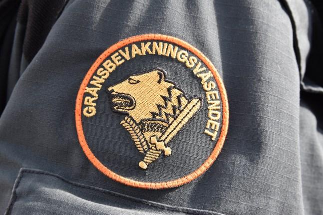 Beslutet om huruvida en person får resa till Finland eller inte fattas vid gränsövergångsstället, meddelar Gränsbevakningsväsendet. Arkivbild.