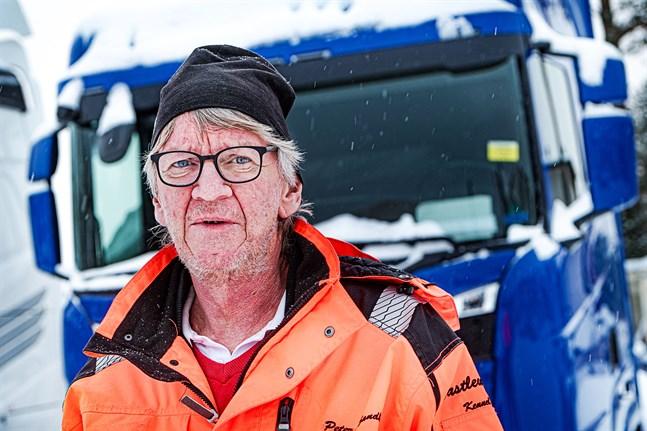 Peter Sandbäck.