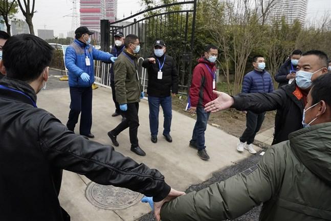 Säkerhetsapparaten kring WHO:s besök i kinesiska Wuhan är stor.