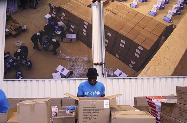 Unicefs lager i Köpenhamn, det största i sitt slag i världen. Det är bland annat härifrån distributionen av vaccin inom Covax ska ske. Bild från oktober 2020.