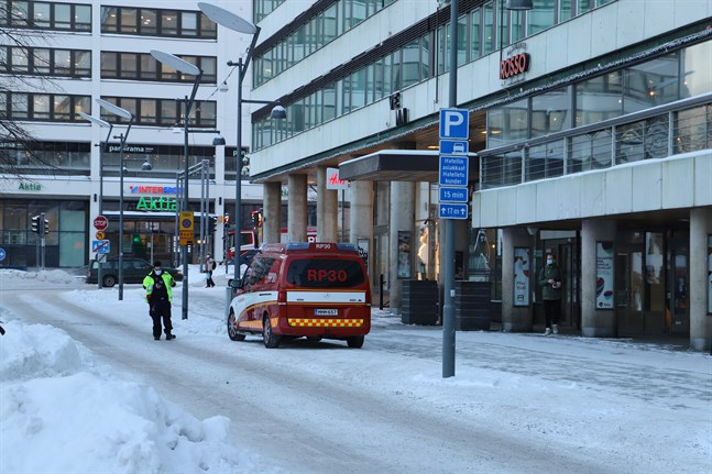 Räddningsverket ryckte ut till torget i Vasa.