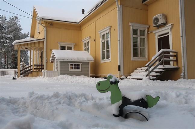 Förskolan i Jeussen daghem flyttar till Nedervetil i höst. Det var också kommunstyrelsen enig om.