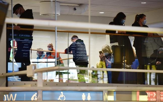 Enligt Ålands statistik- och utredningsbyrå minskade inresorna till Åland med 1,36 miljoner personer i fjol.