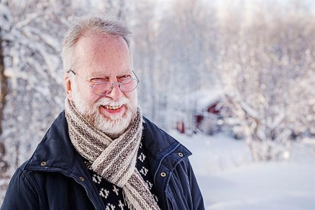 När Göran Sjöholm skriver en visa ser han gärna att den har en knorr på slutet.
