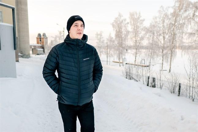 William Slotte studerar till byggingenjör på Novia i Vasa. Han ser positivt på att få studenthälsovård från SHVS.