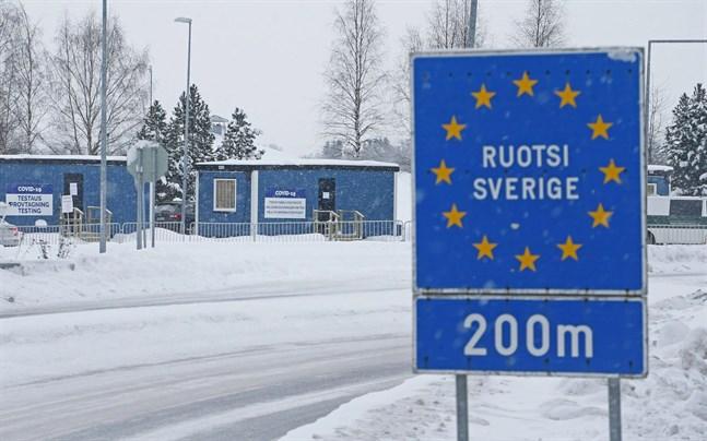 Sedan i lördags krävs ett negativt coronatest för att resa in i Sverige.